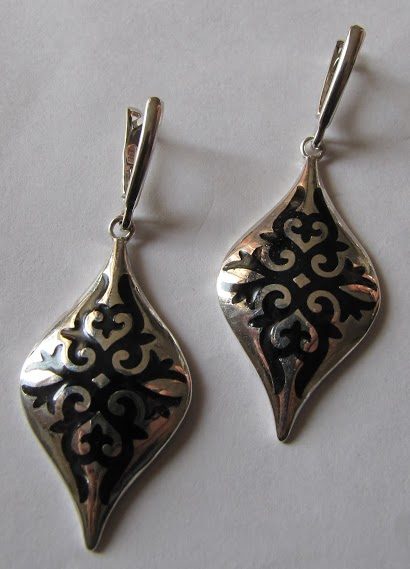 earrings 3311